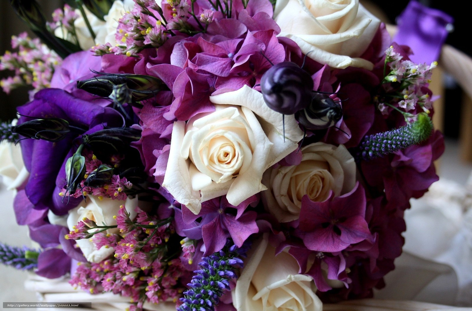 Доставка цветов в РостовенаДону цветы недорого