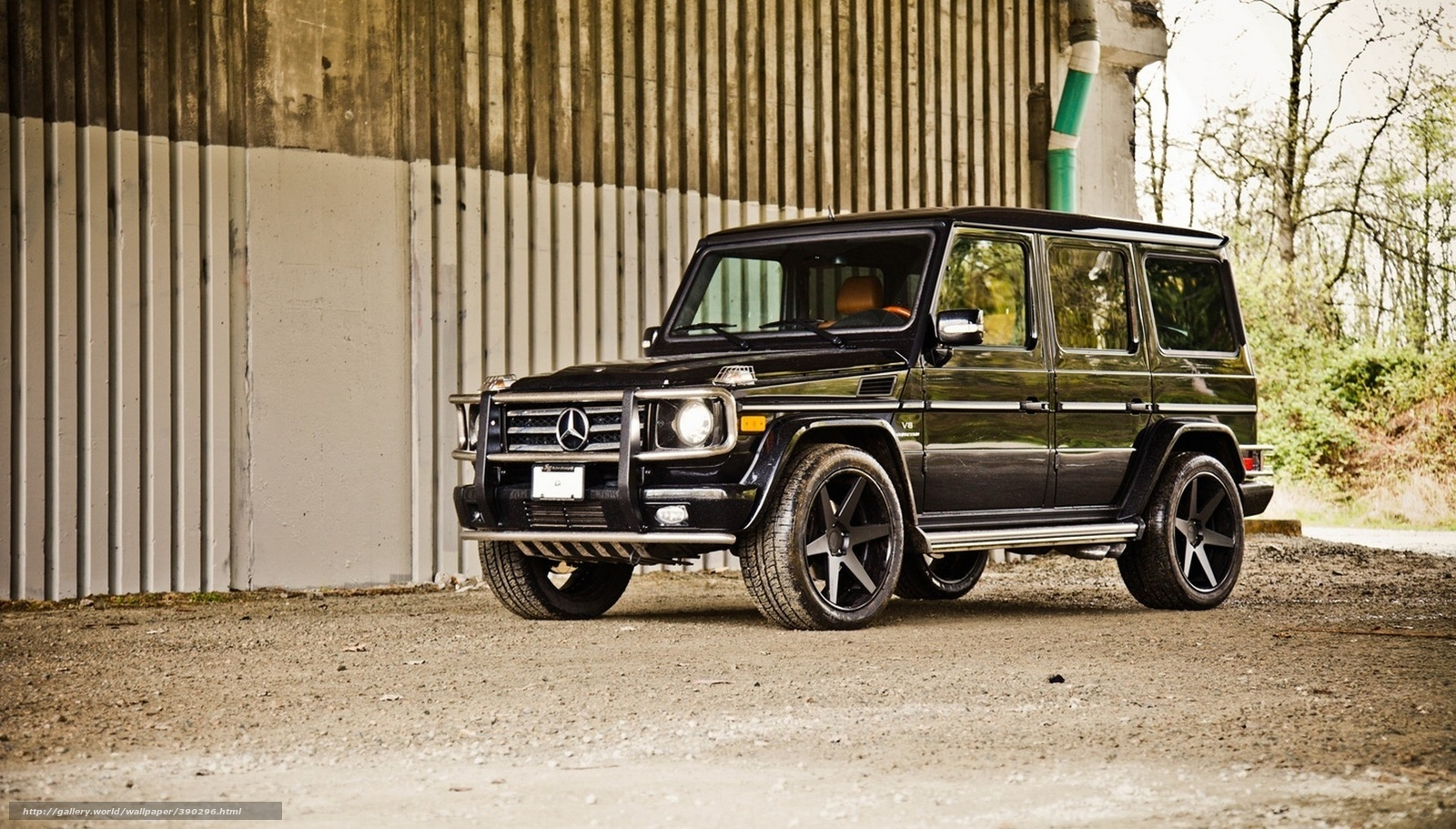 390296_car_wallpapers_mercedes_g500_v8_kompressor_black_t_1920x1093_ww