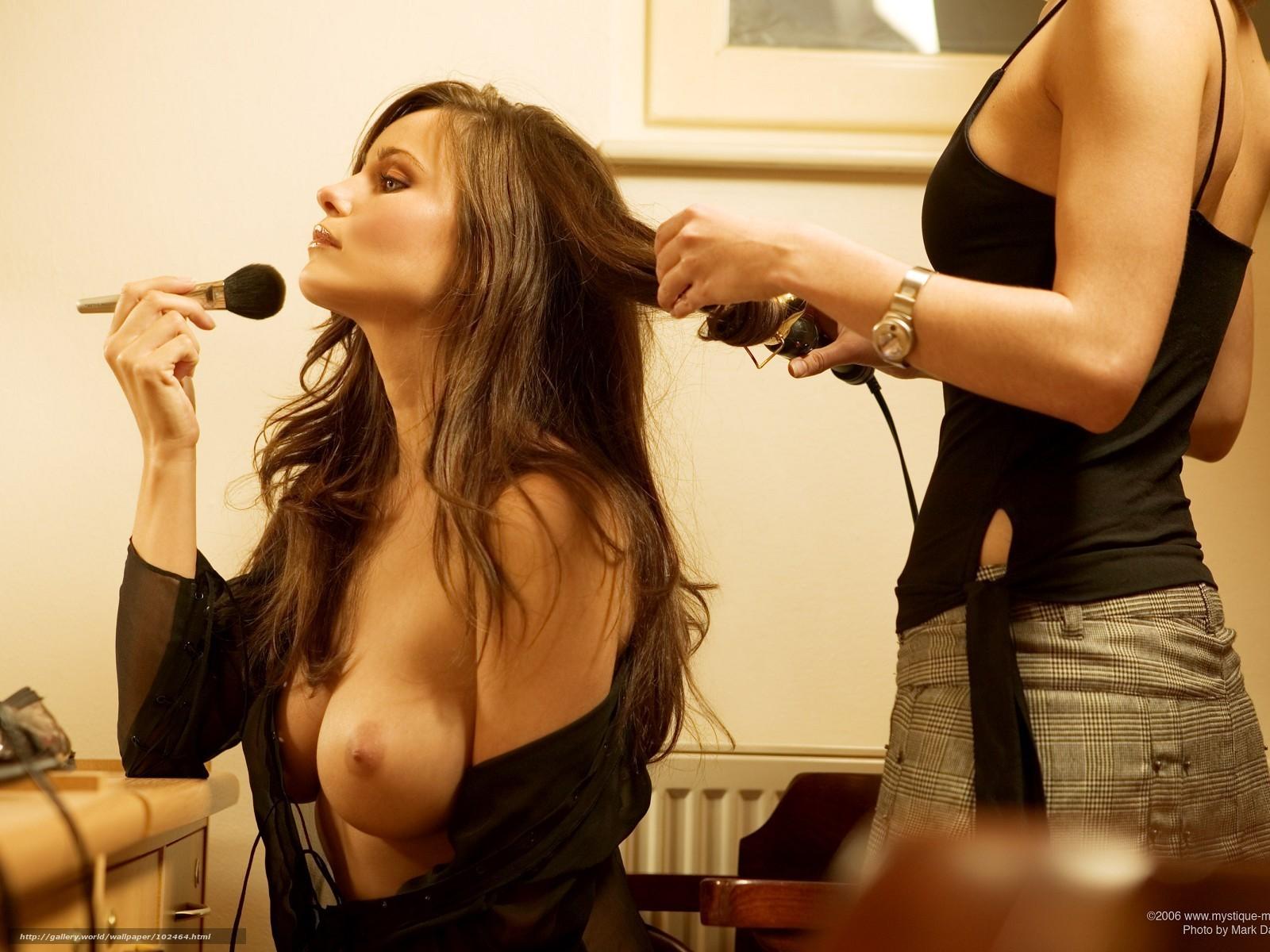 Фото голых манекенщиц за кулисами 14 фотография
