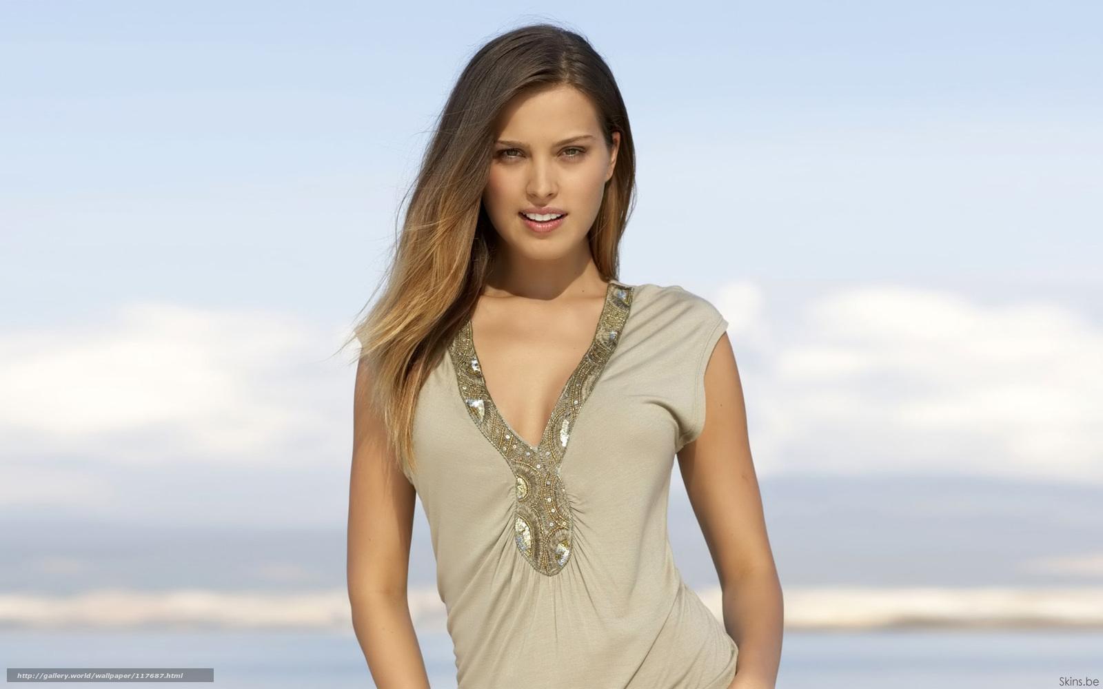 Самые красивые девушки в блузках 25 фотография