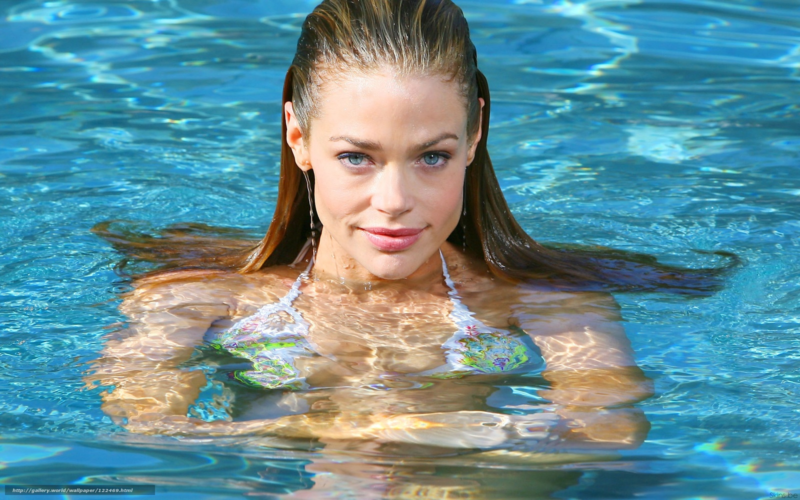 Фото купающихся девочек 27 фотография