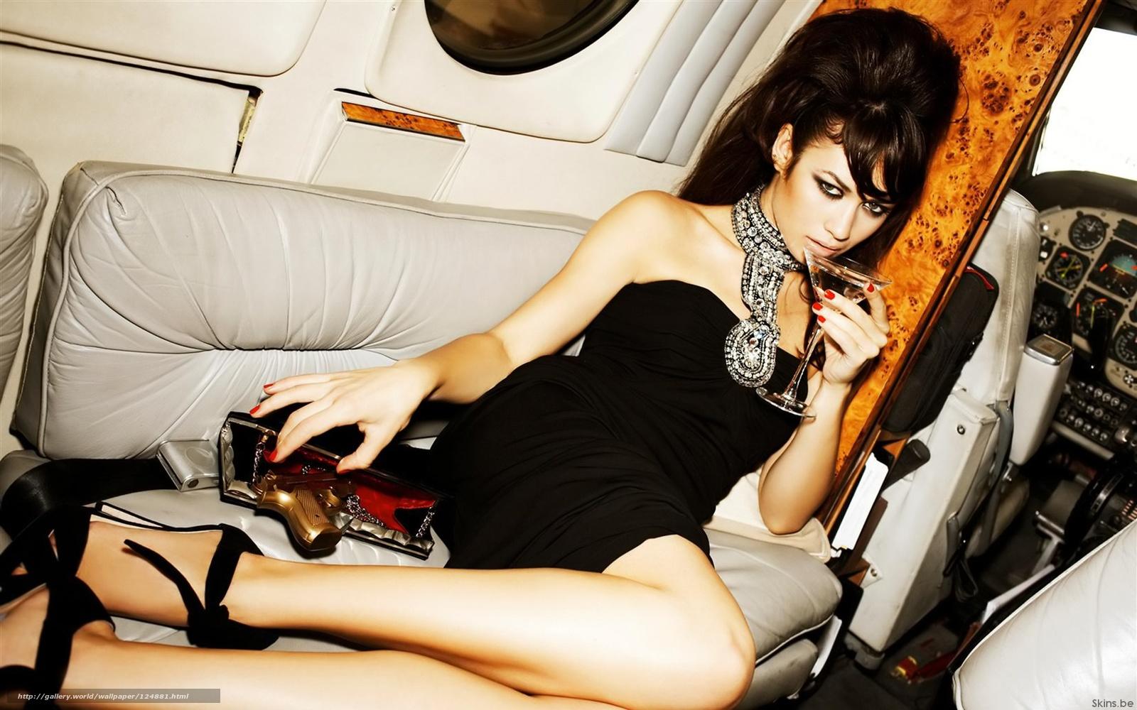 Фото девушки женщины в самолете 19 фотография