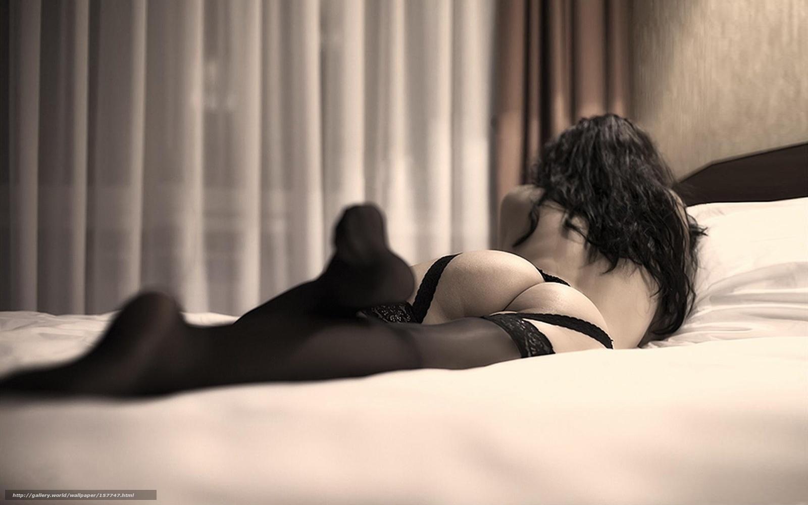 Эрофото девушки в постели 17 фотография