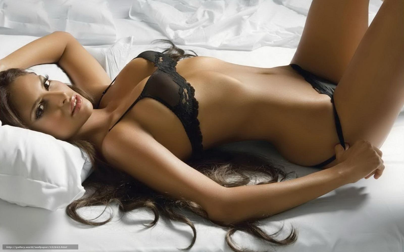Фото красивых девушек брюнеток с длинными волосами 18 26 фотография