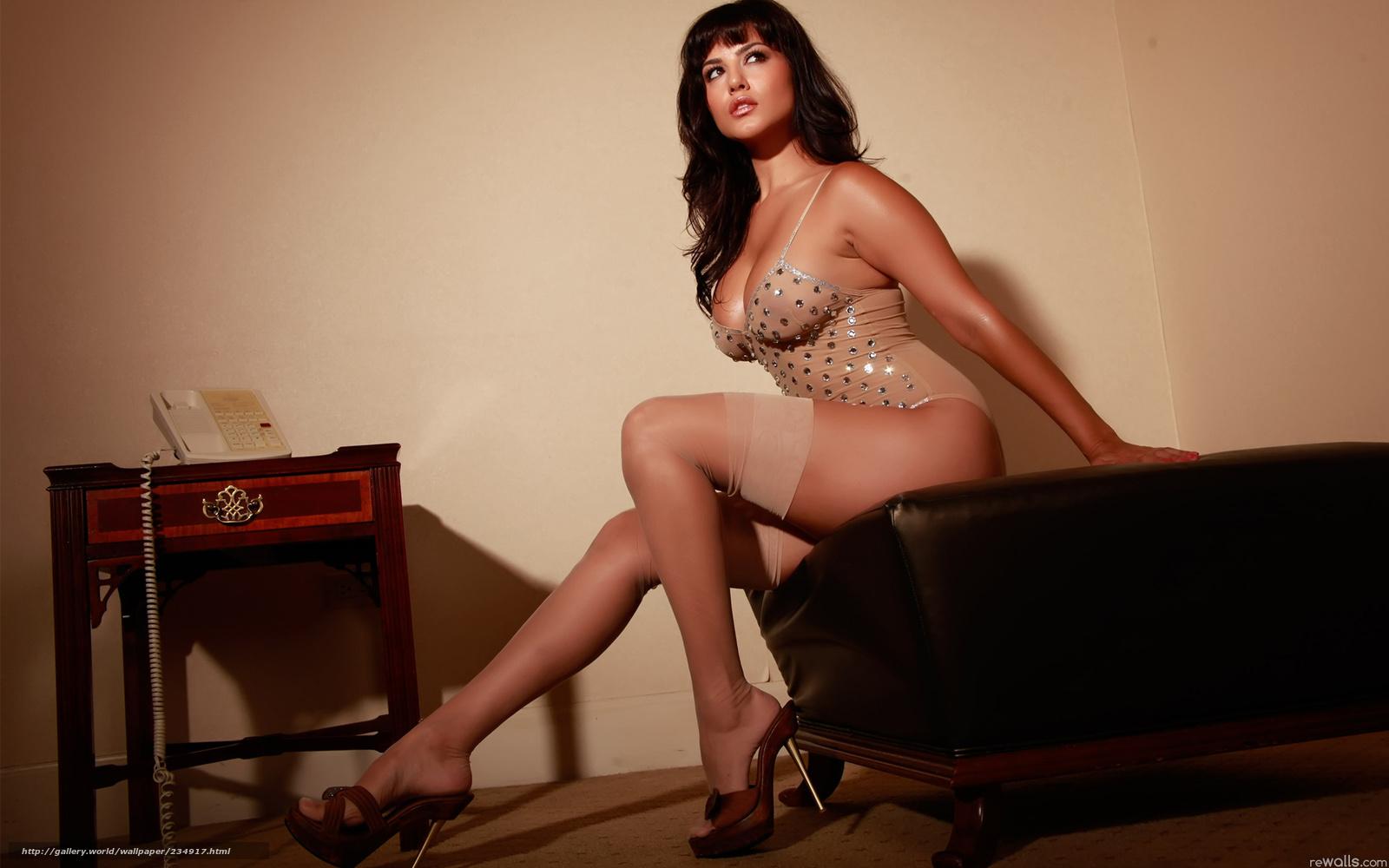 Фото красивых сексуальных нежных в чулках девушки 15 фотография