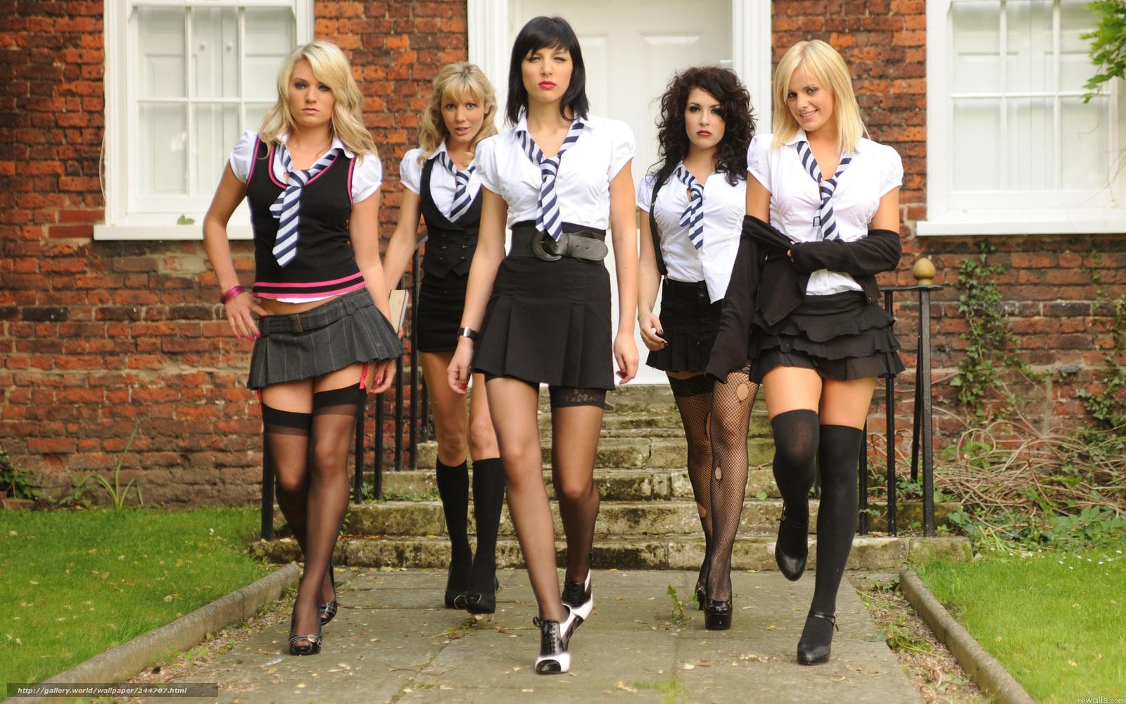 ученицы в каротких юбках скачать фото