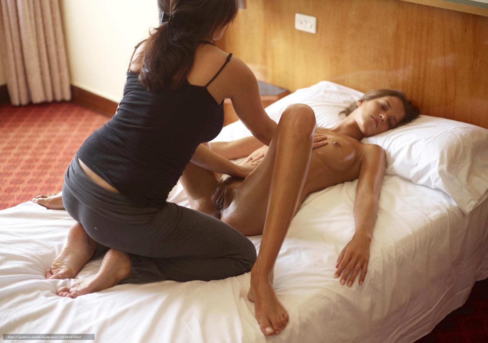 Фото девушки на эротическом массаже 11 фотография