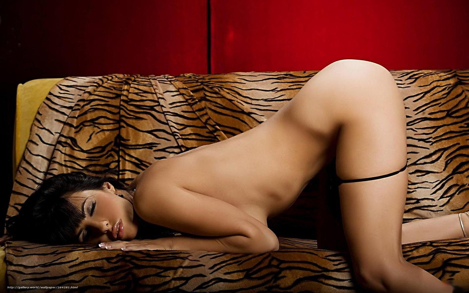 Фото сексопильной голой девушки 9 фотография