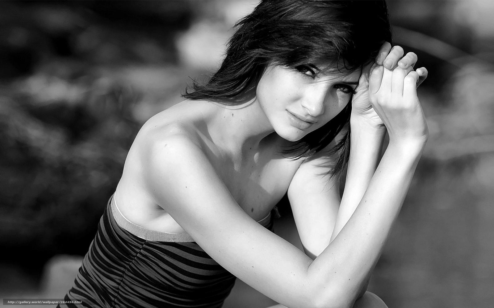 Фото красивых девушек черно белое брюнетки 10 фотография