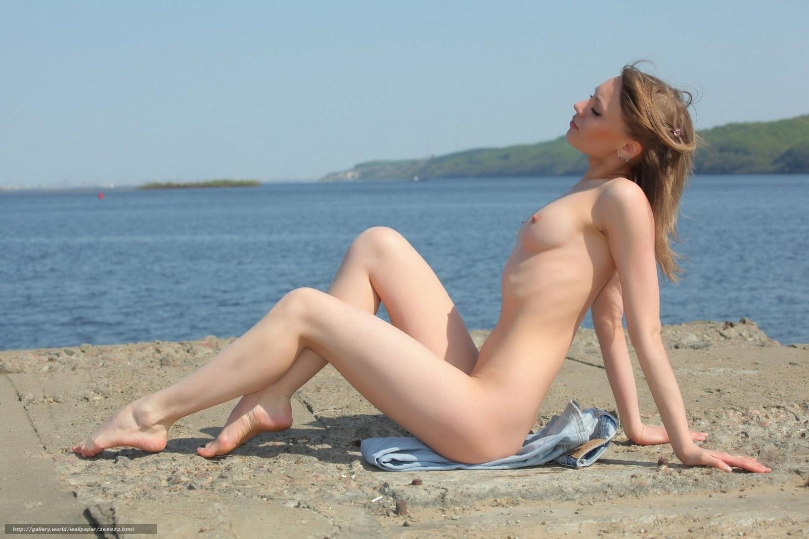 Фото голых красавиц на пляже 24 фотография