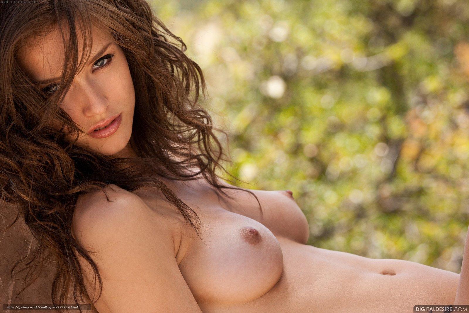 Смотреть секс картинки девушки без лифчиков 2 фотография