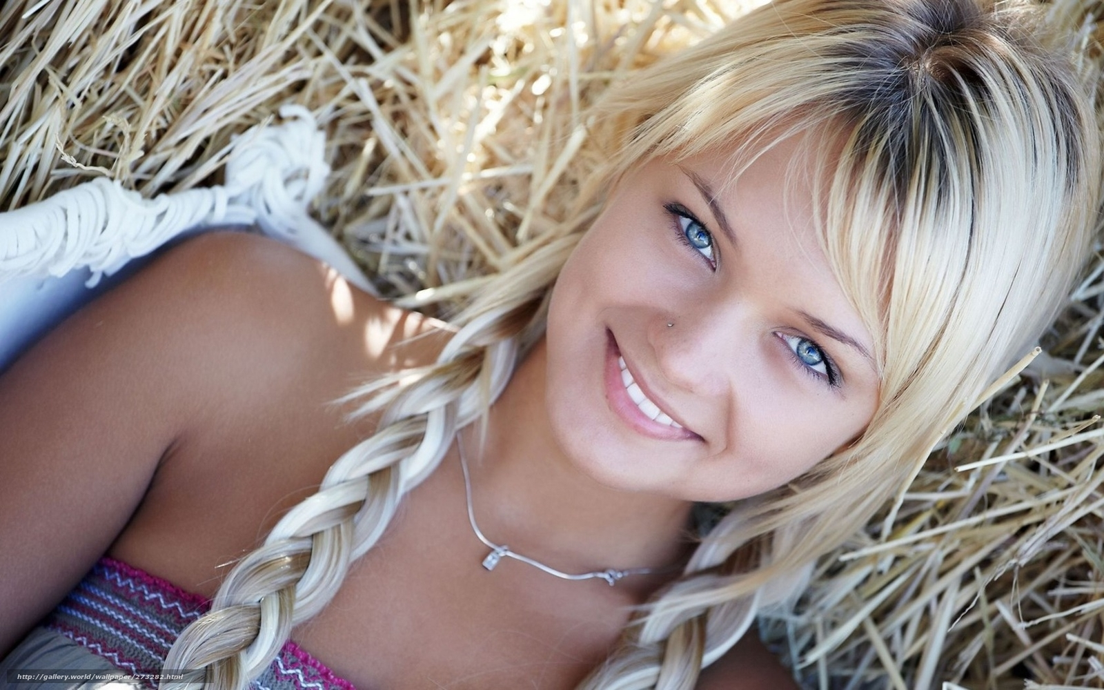 Фотографии реальных красивых девушек модели 27 фотография