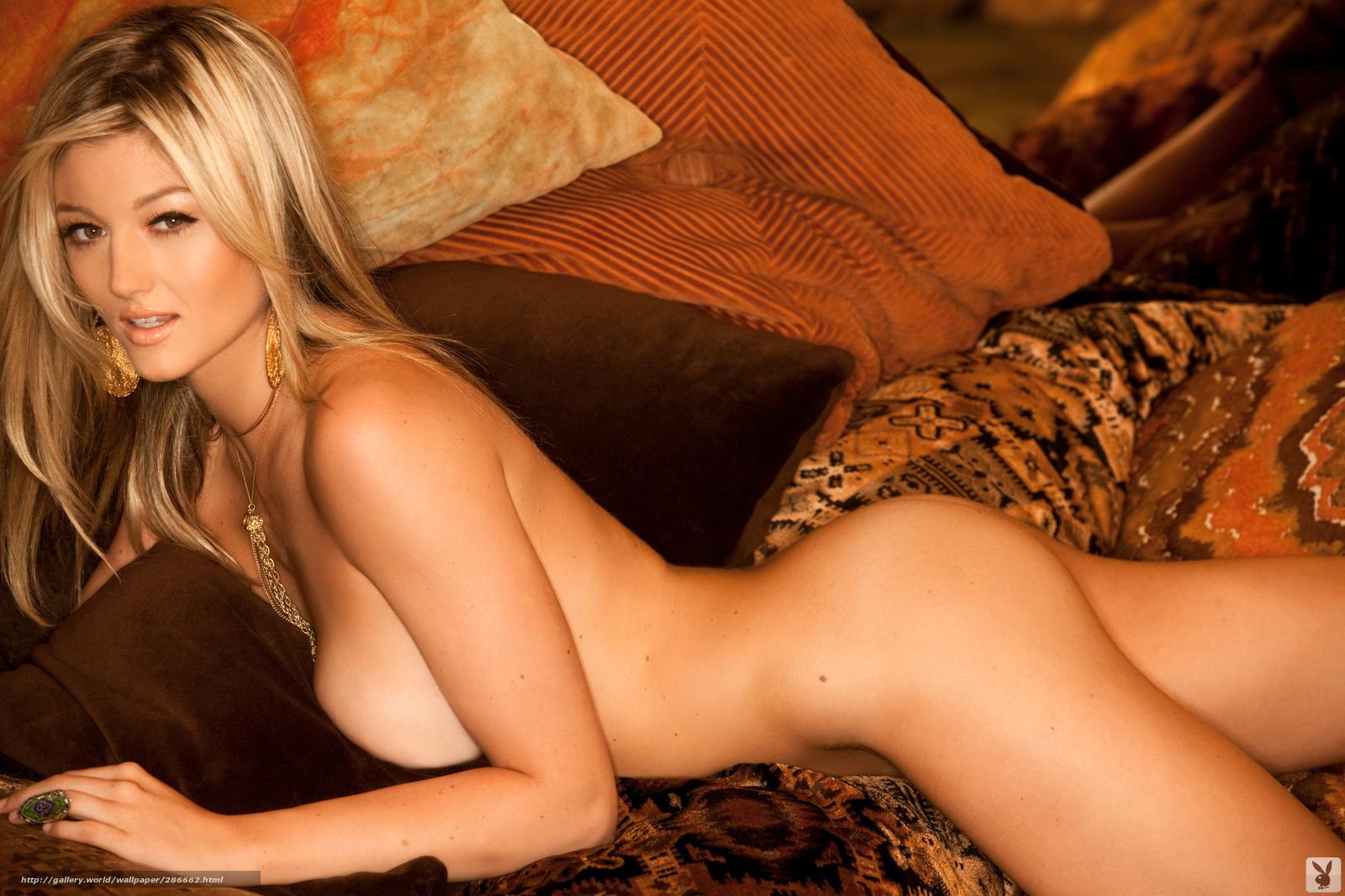 С блондинкой с офигенной грудью 14 фотография