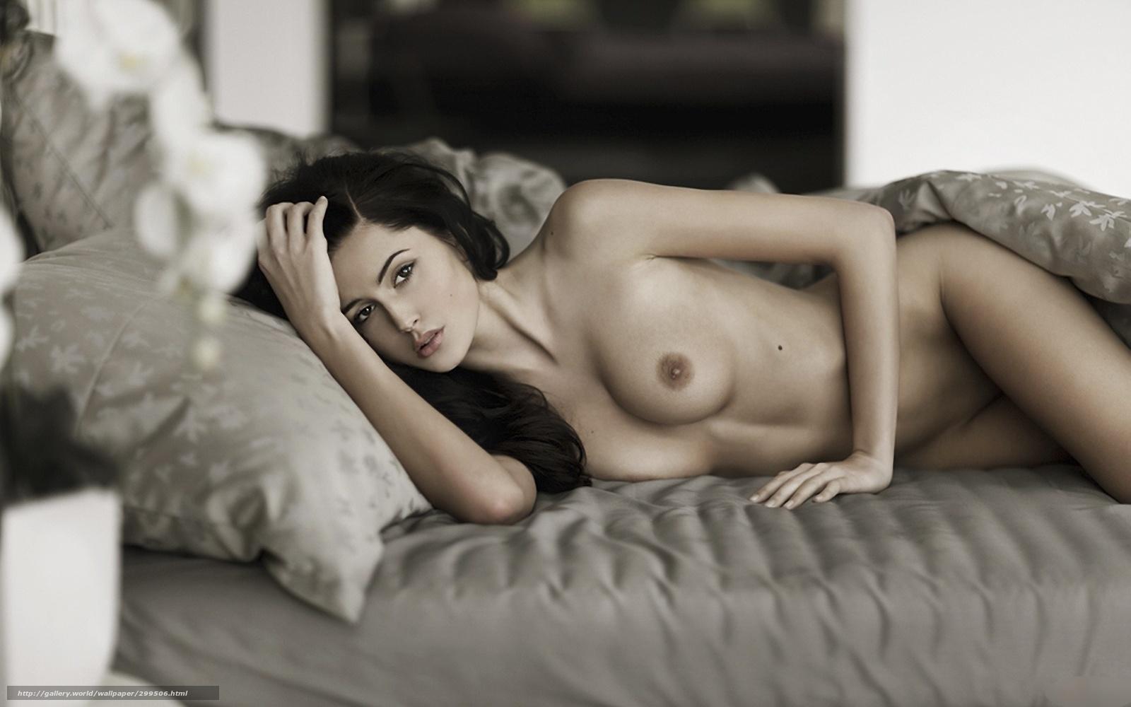 Фотографии девушекь еротични 1 фотография