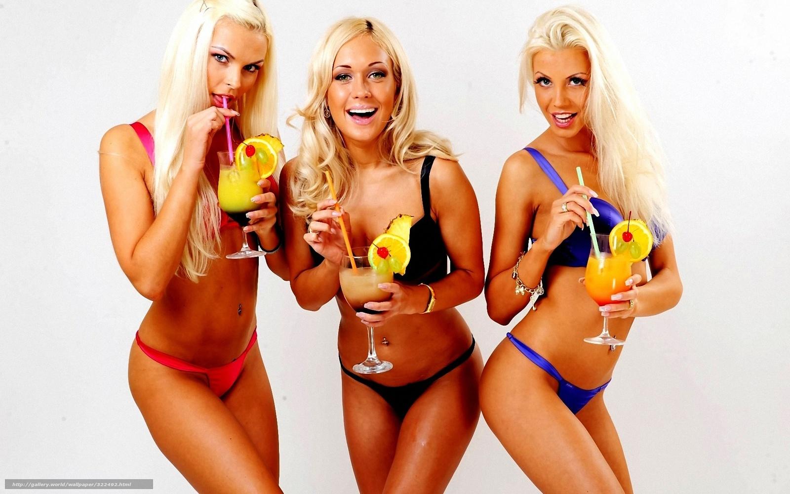 Три девушки в американских купальни 13 фотография