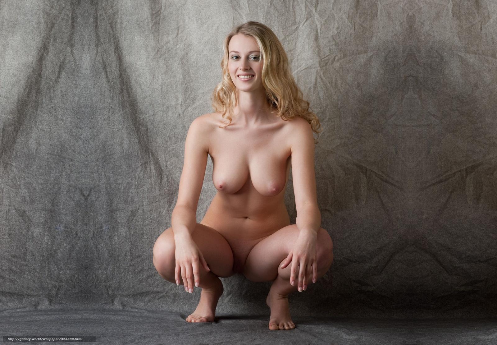 carisha-model-seksualnaya-blondinka