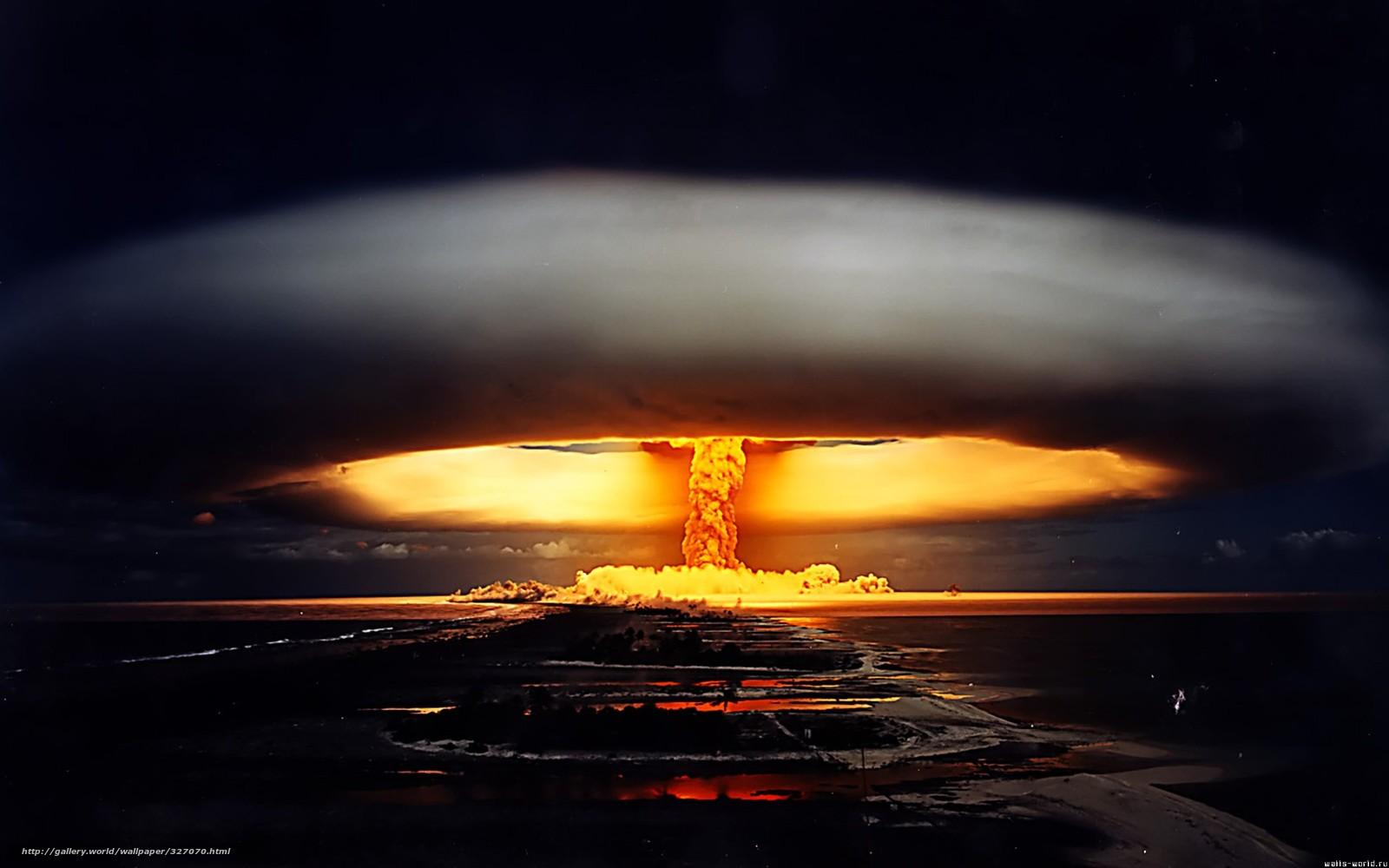 Киевлянин : Надо было на Крым атомную бомбу! (+18)