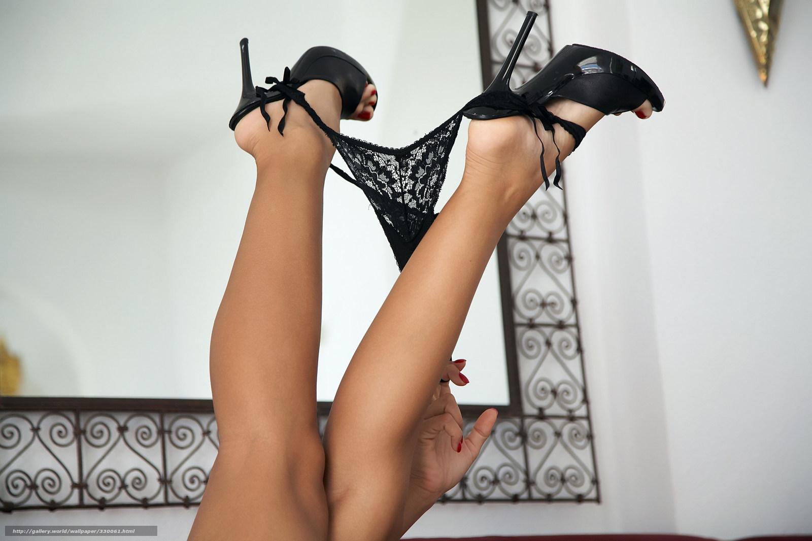 Рабы целуют туфли 24 фотография