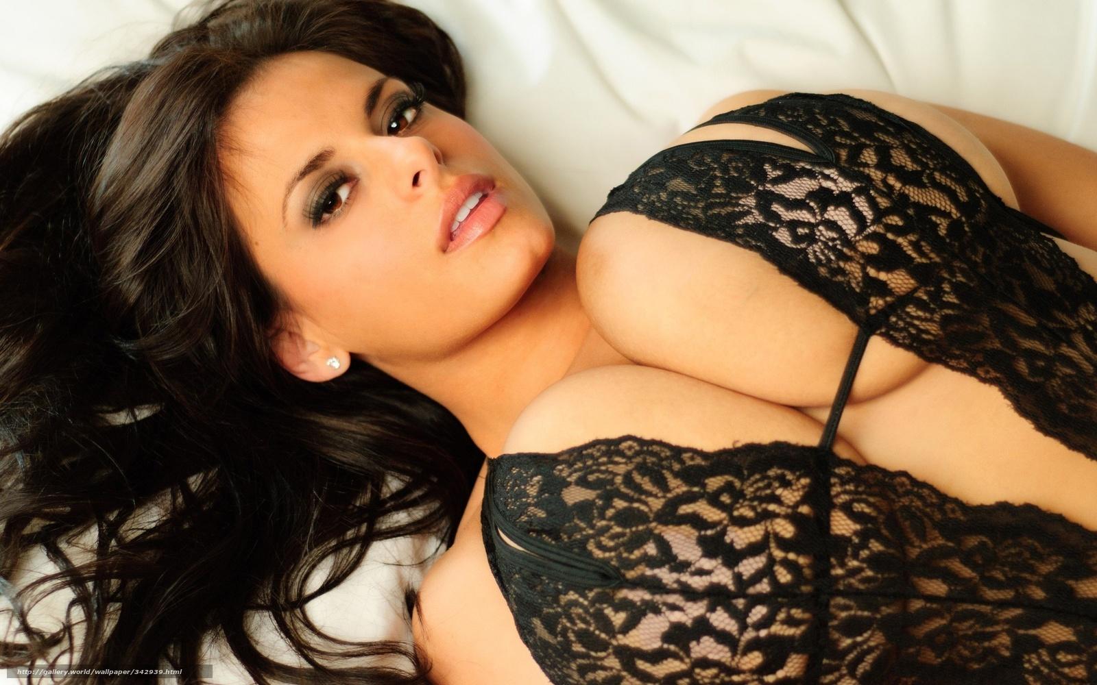 Смотреть онлайн бесплатно в хорошем качестве эротика жена с большой натуральной грудью 17 фотография