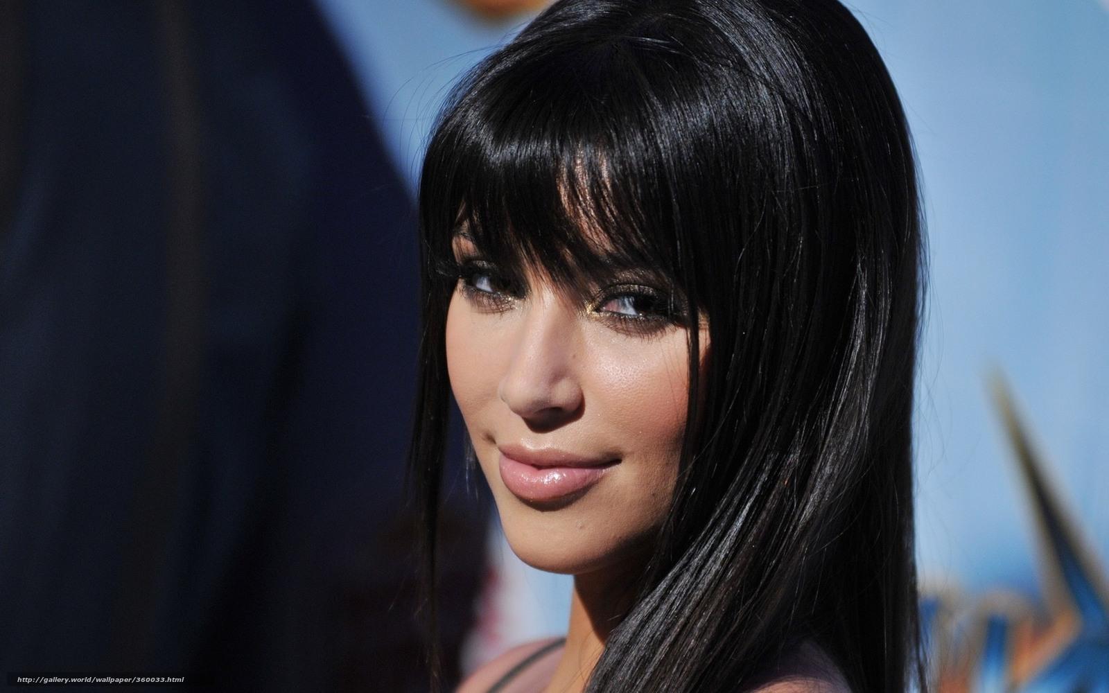 Красивые девушки брюнетки и длинными волосами с челкой фото