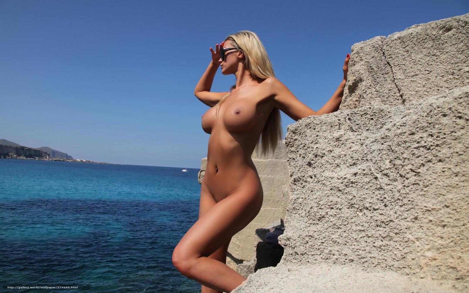 Порно видео с красивыми девушками у моря
