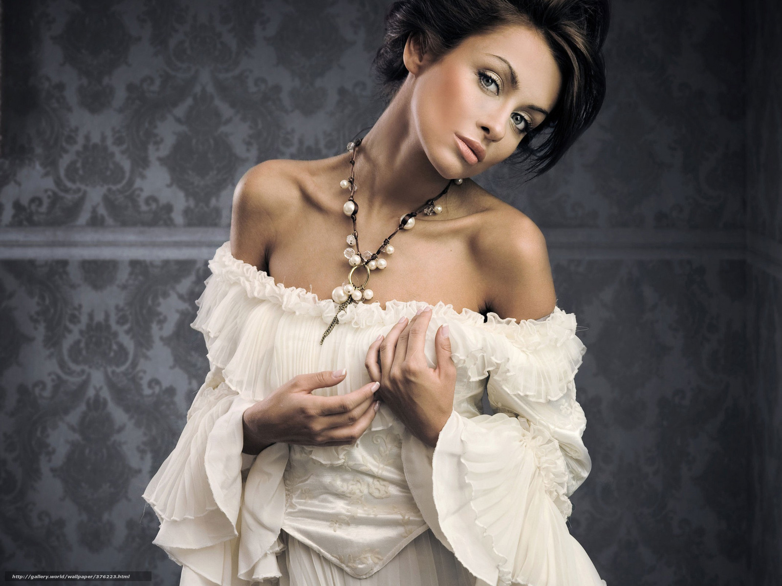Фитоподборка красивые девушки в платьях 24 фотография