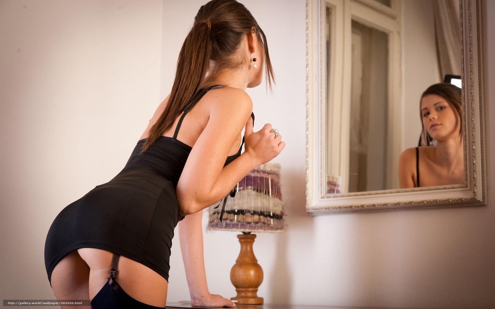 Фото девчат в зеркало голы 15 фотография