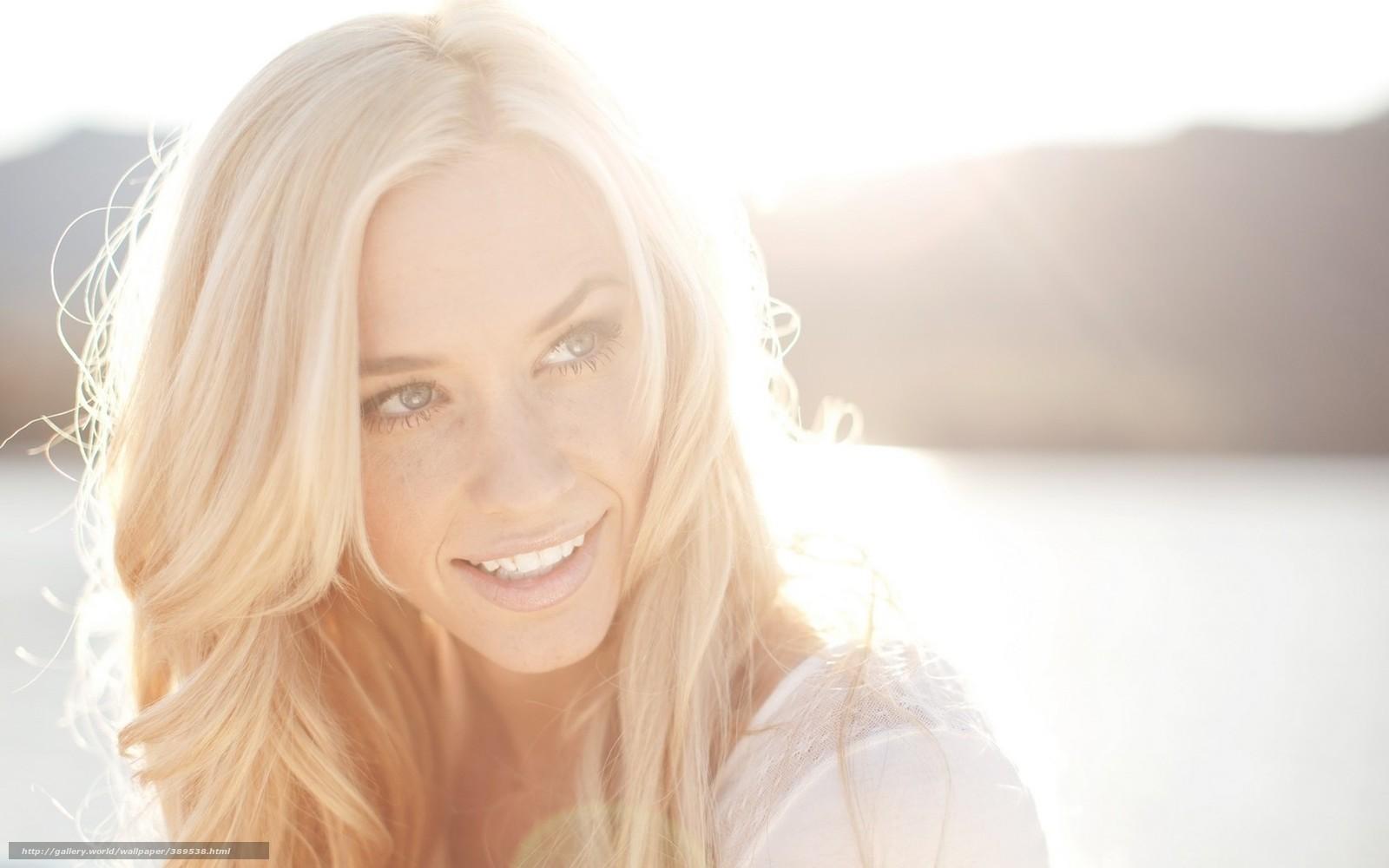 Эмо девушки блондинки одна самая красивая 14 фотография