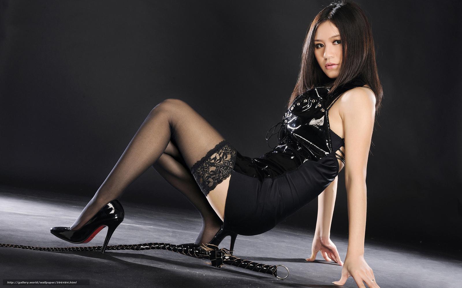 Сексуальные девушки в чулках и мини платьях 14 фотография