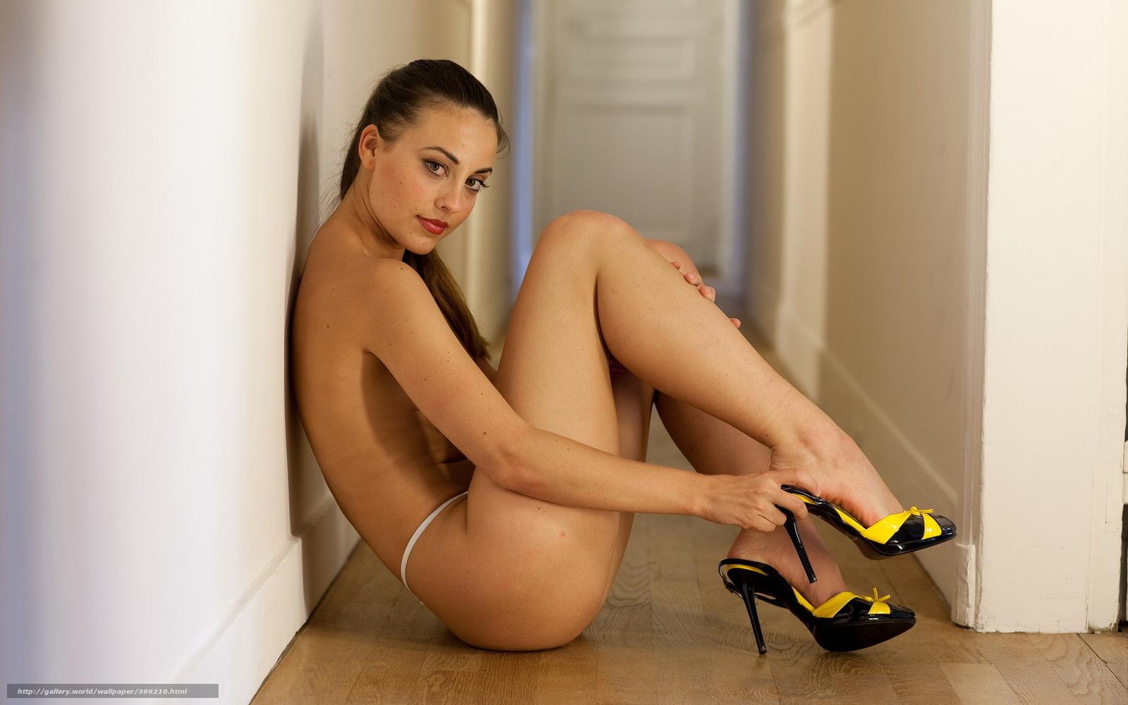 Раб лижит туфли фото 17 фотография