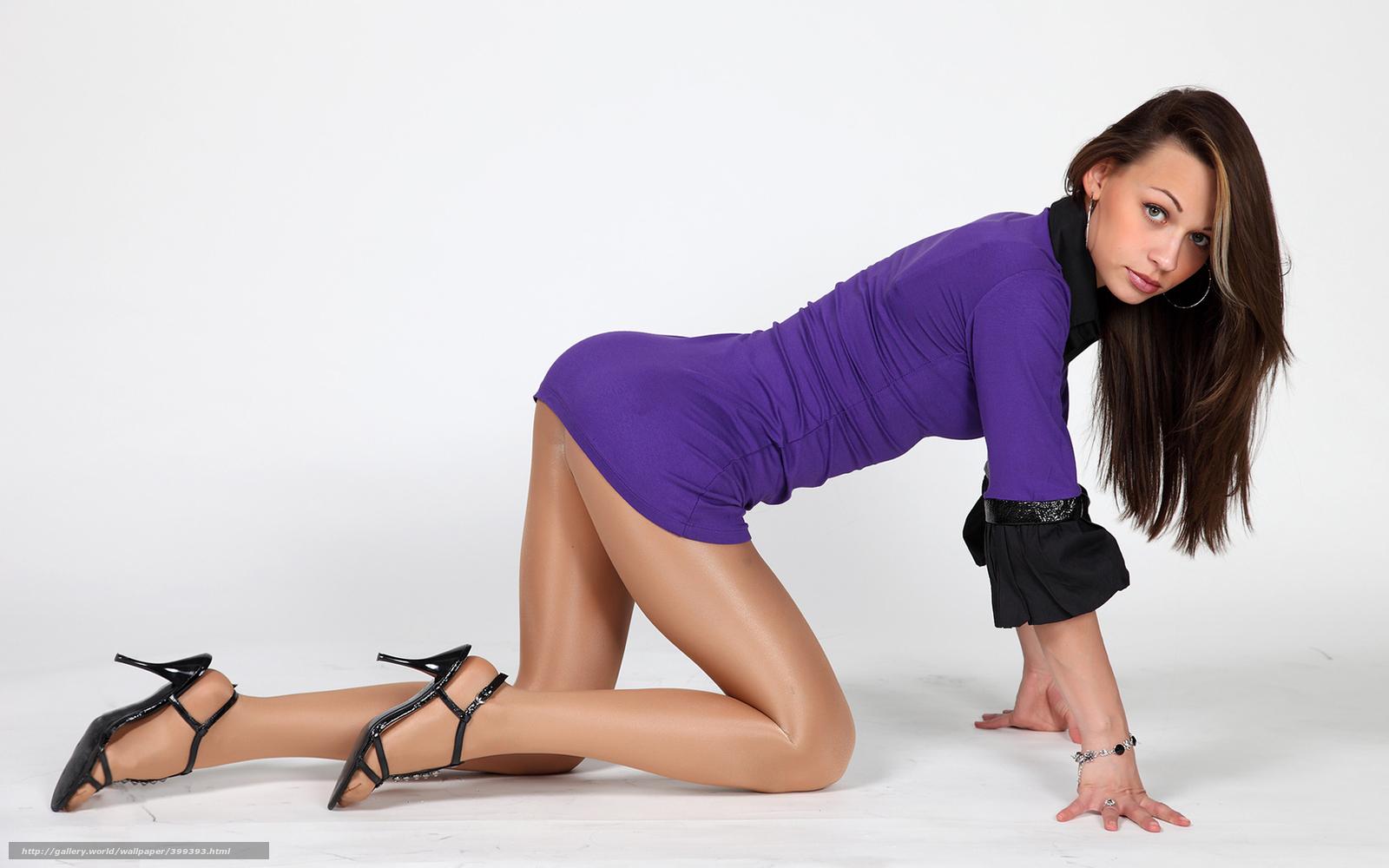 Фото девушек в платьях и телесных колготках 22 фотография