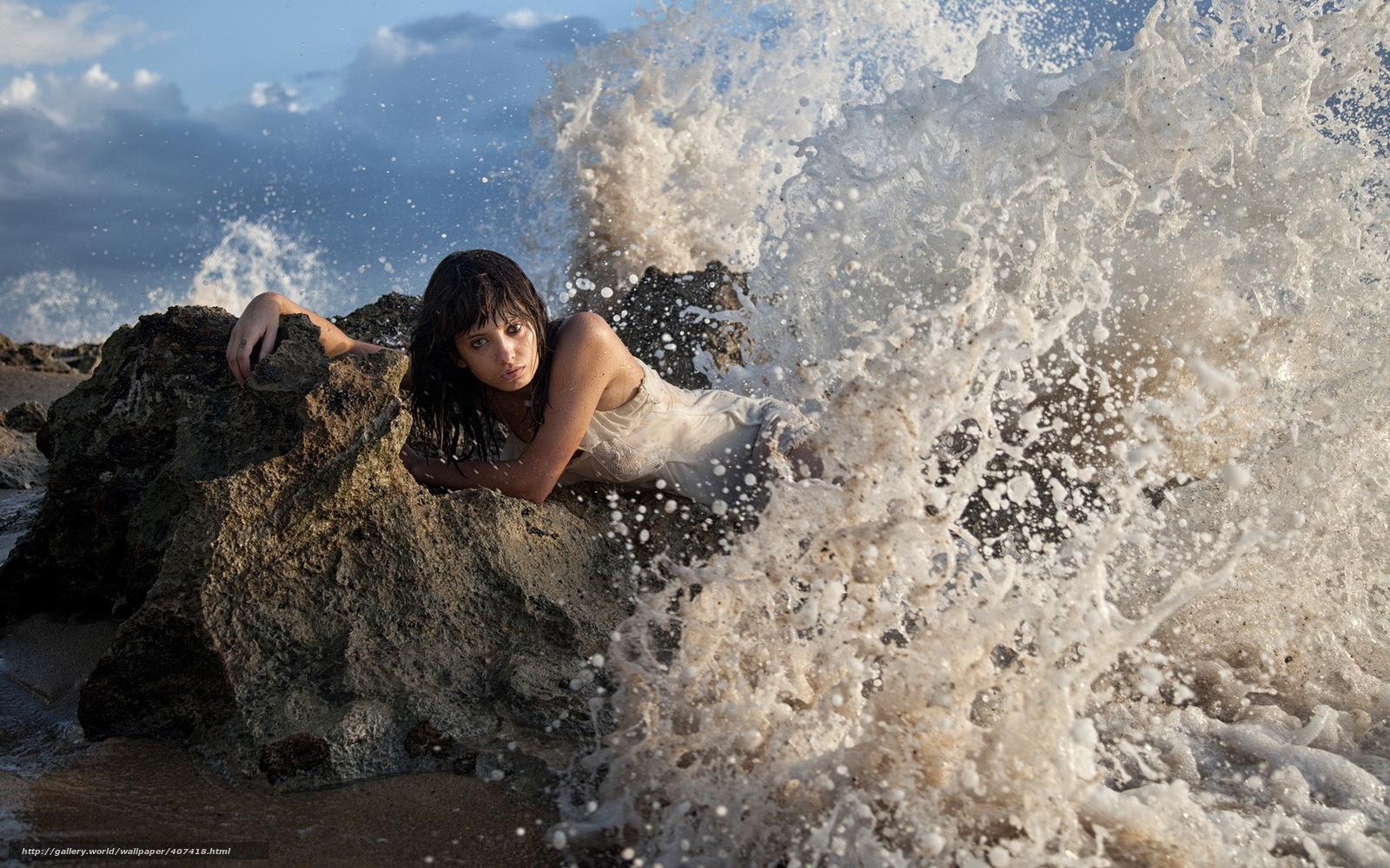 Фотография девушка на камне 11 фотография
