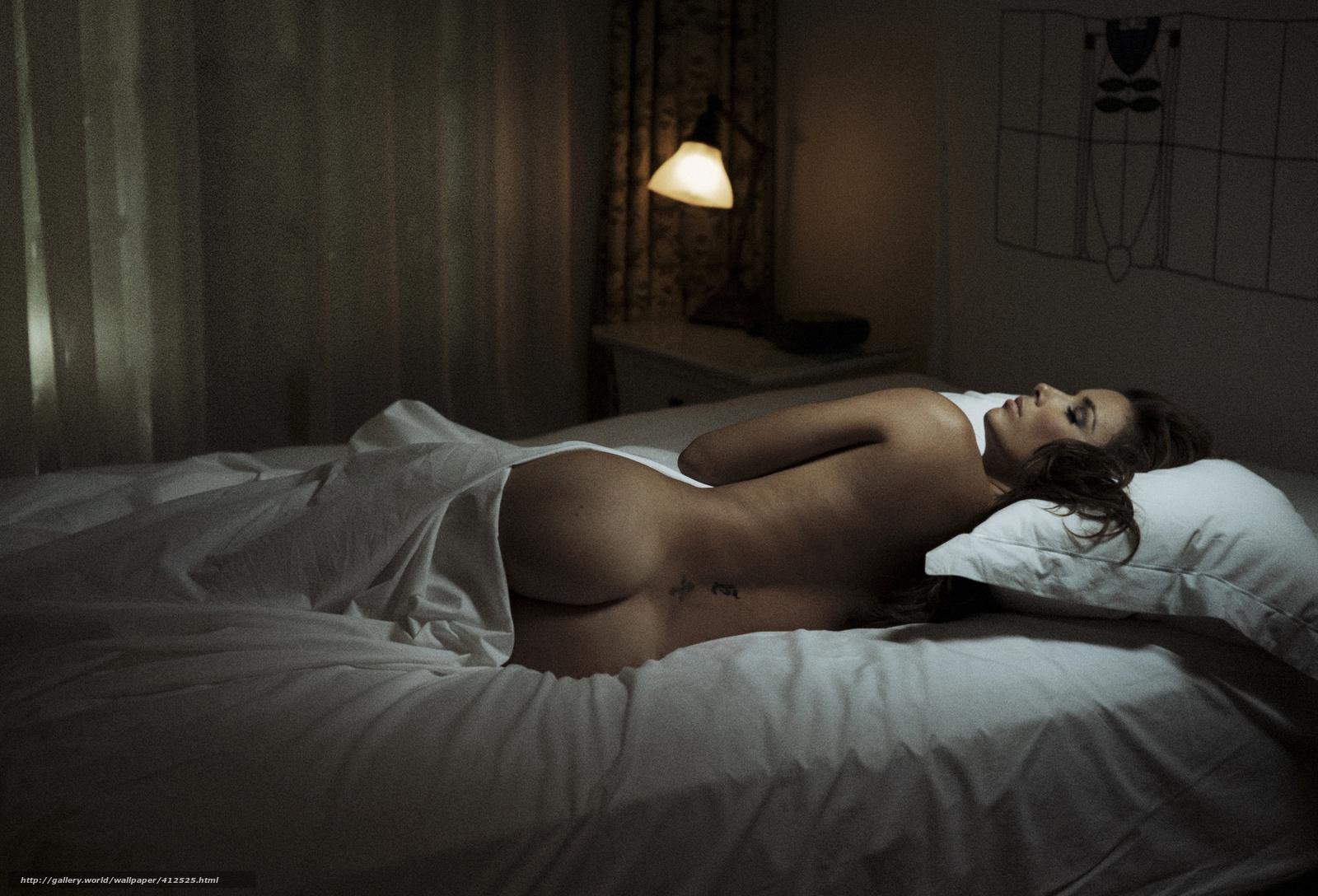 Фото спящих голих девушек 2 фотография