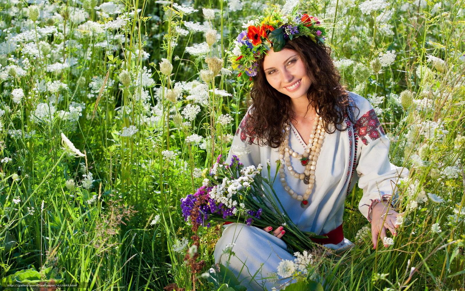 Русские красавицы в поле 12 фотография