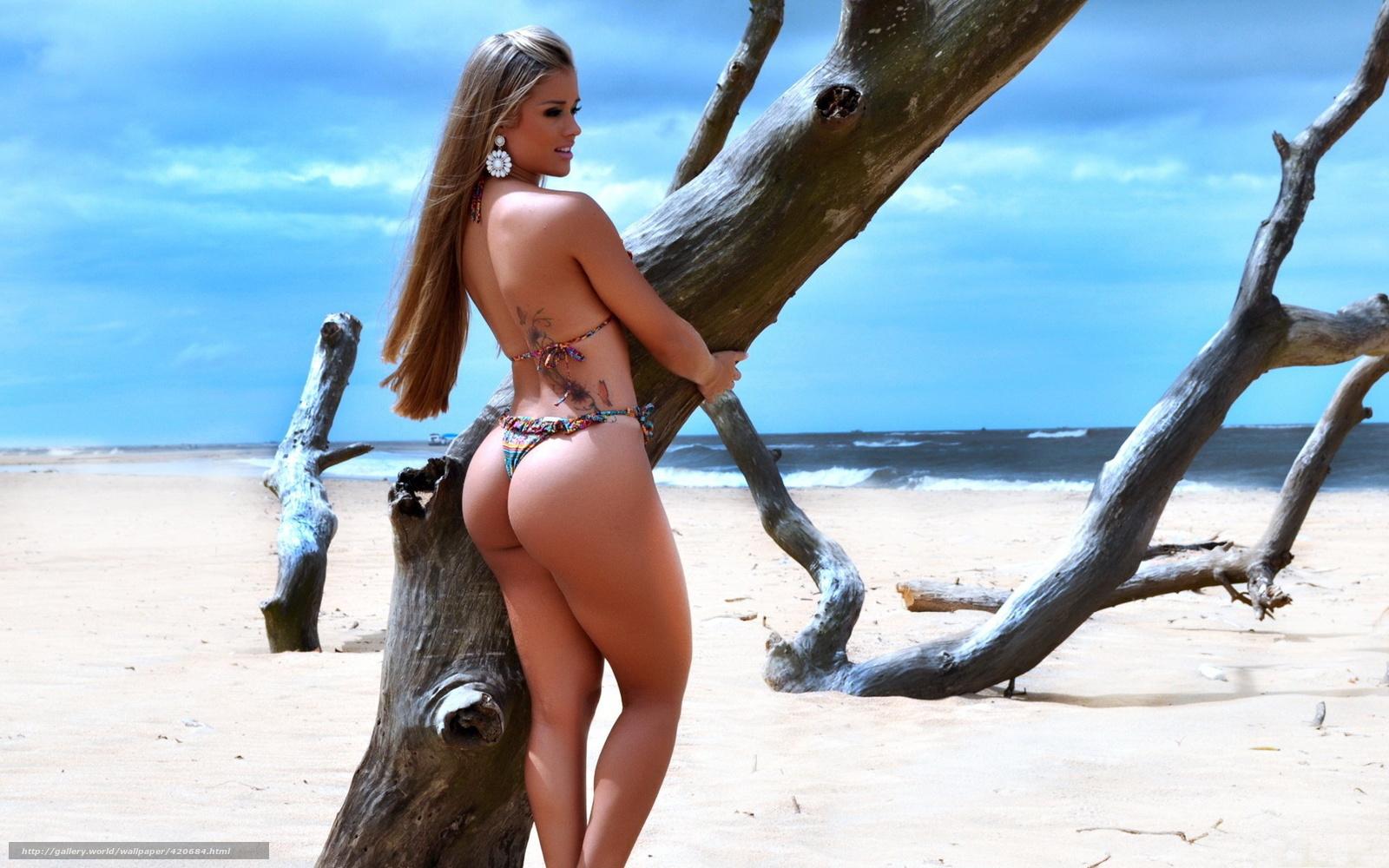 Приколы с блондинками на пляже 4 фотография