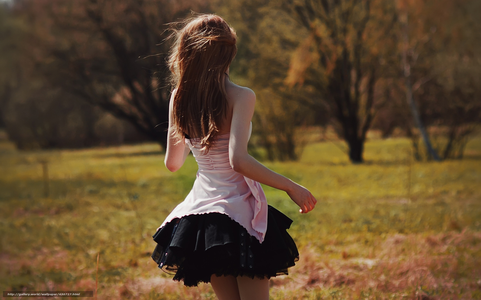Рыжие девушки фото вид с сади 16 фотография