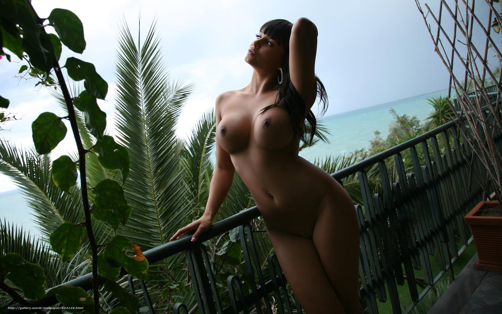 Упругие большие красивие груди фото 5 фотография