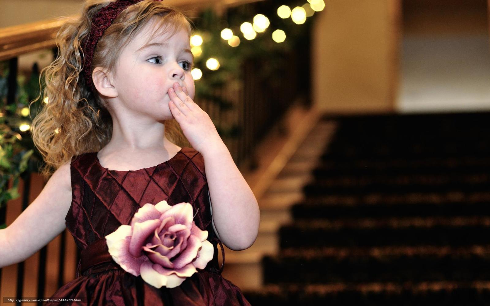 Смотреть красивые маленькие нежные девочки 22 фотография