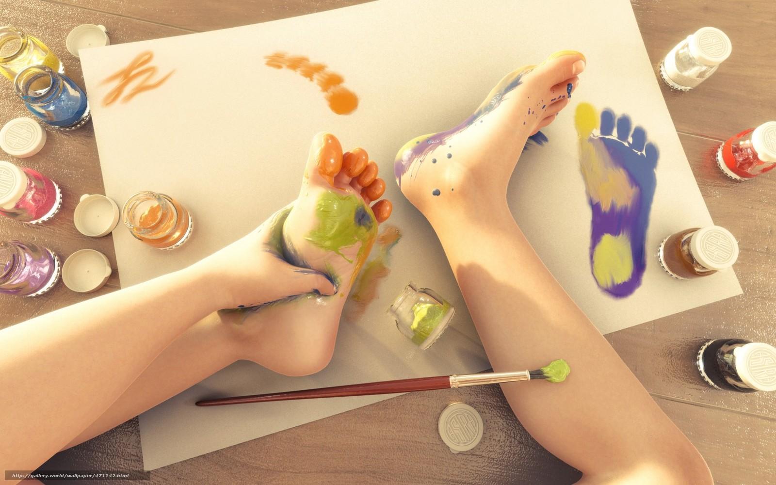Ребёнок рисует длинные ноги