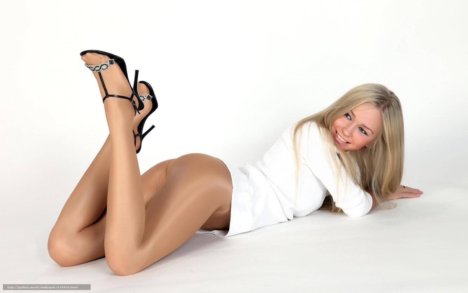 Фотки скрасивими ножками вколготах 27 фотография
