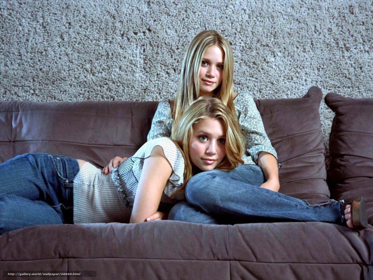 Смотреть секс с красивой сестрой 13 фотография
