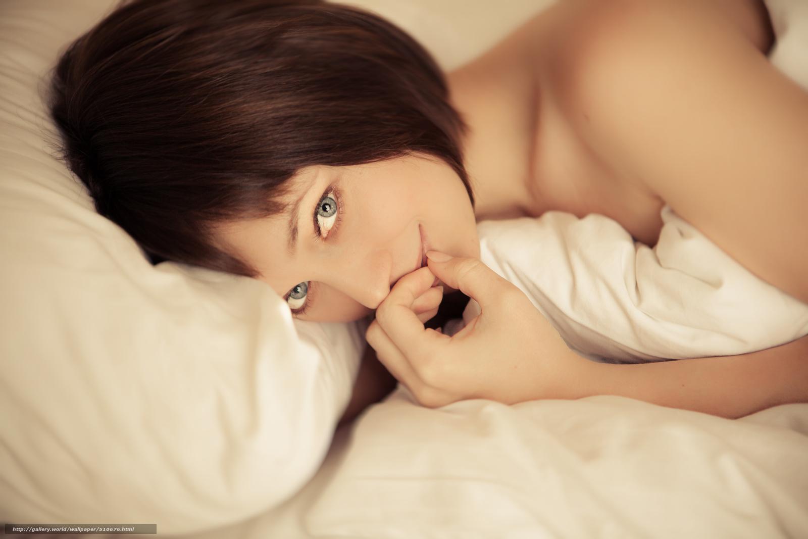 Фото жон в постели 19 фотография