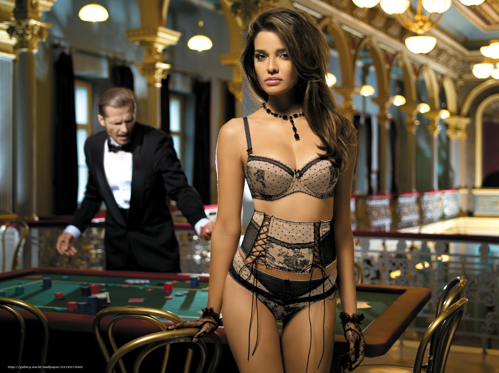 Фото девушки в казино 26 фотография