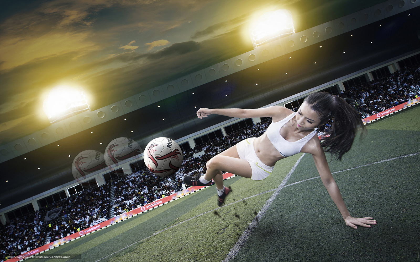 Футбольный мяч в жопе 11 фотография