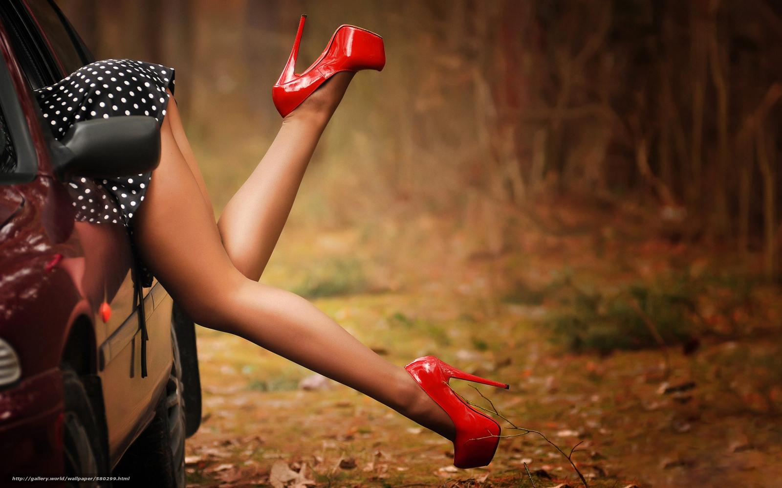 Шикарные ножки на шпильках 6 фотография
