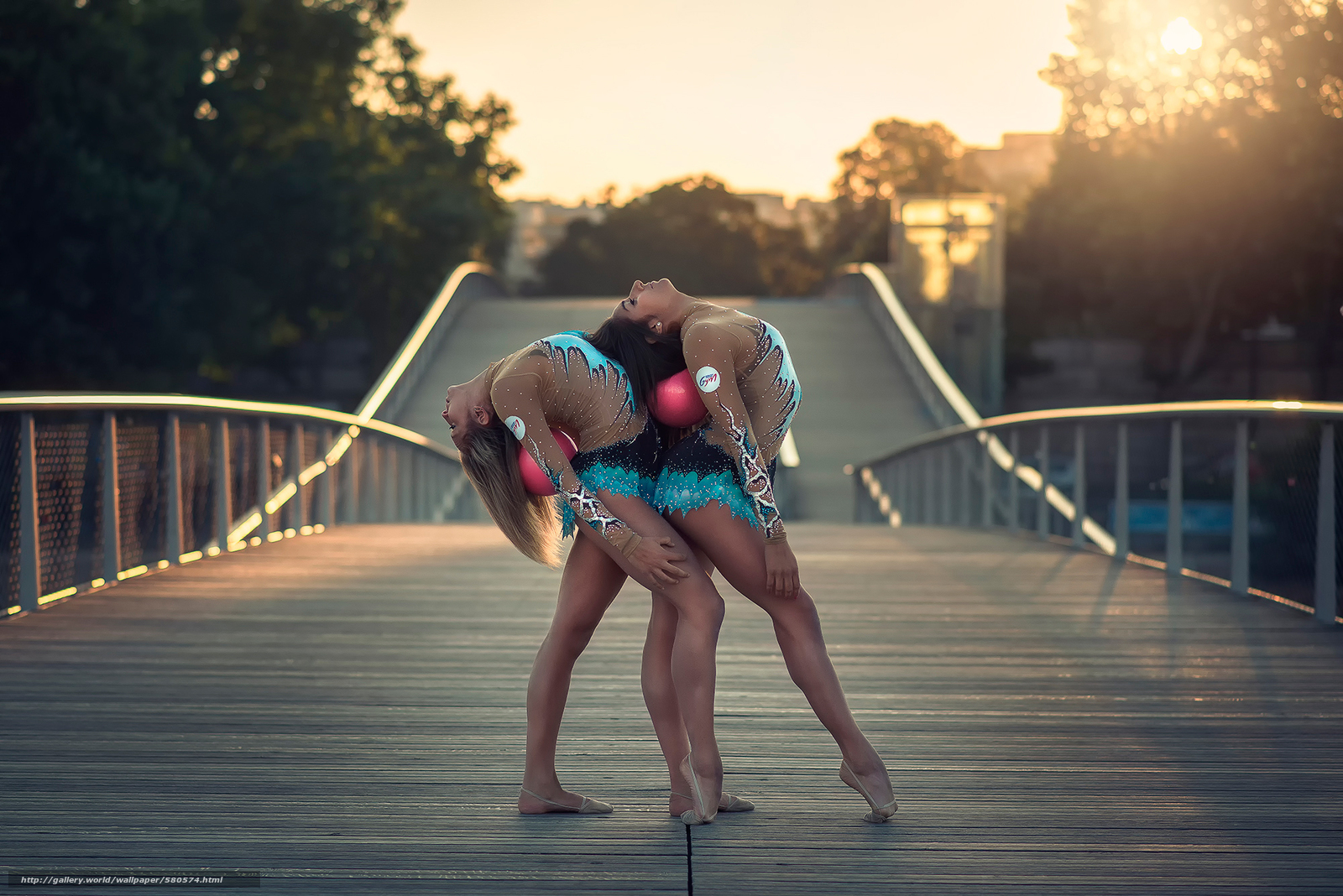 С гимнастками фото 17 фотография