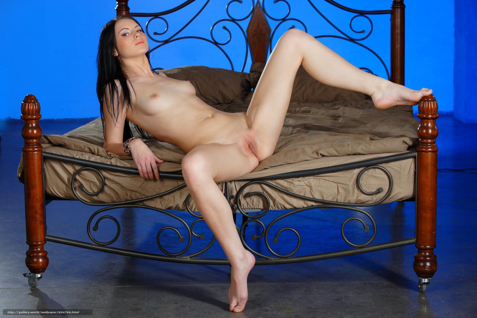 Эротические фото девствиниц 15 фотография