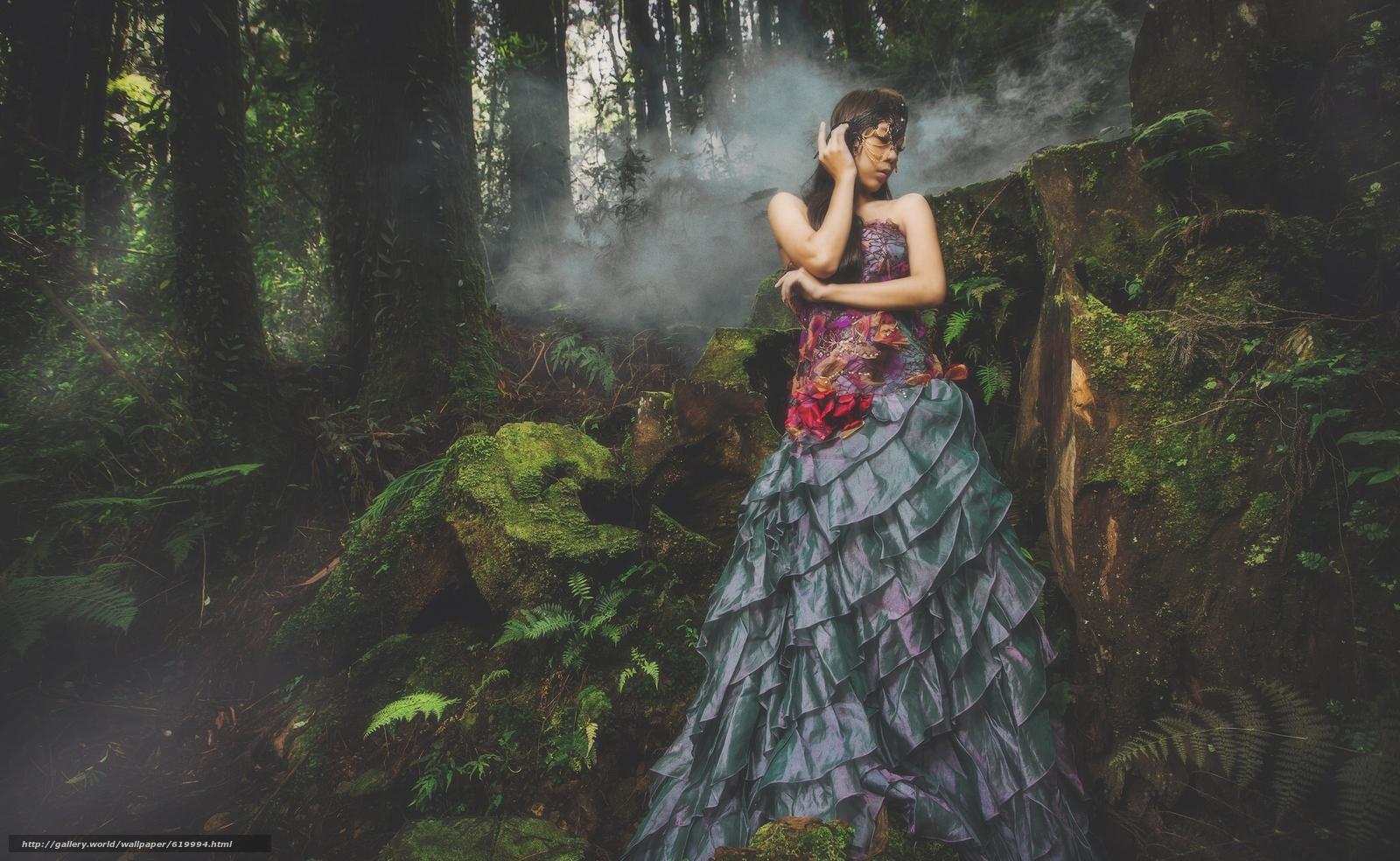 азиатка, платье, маска, лес