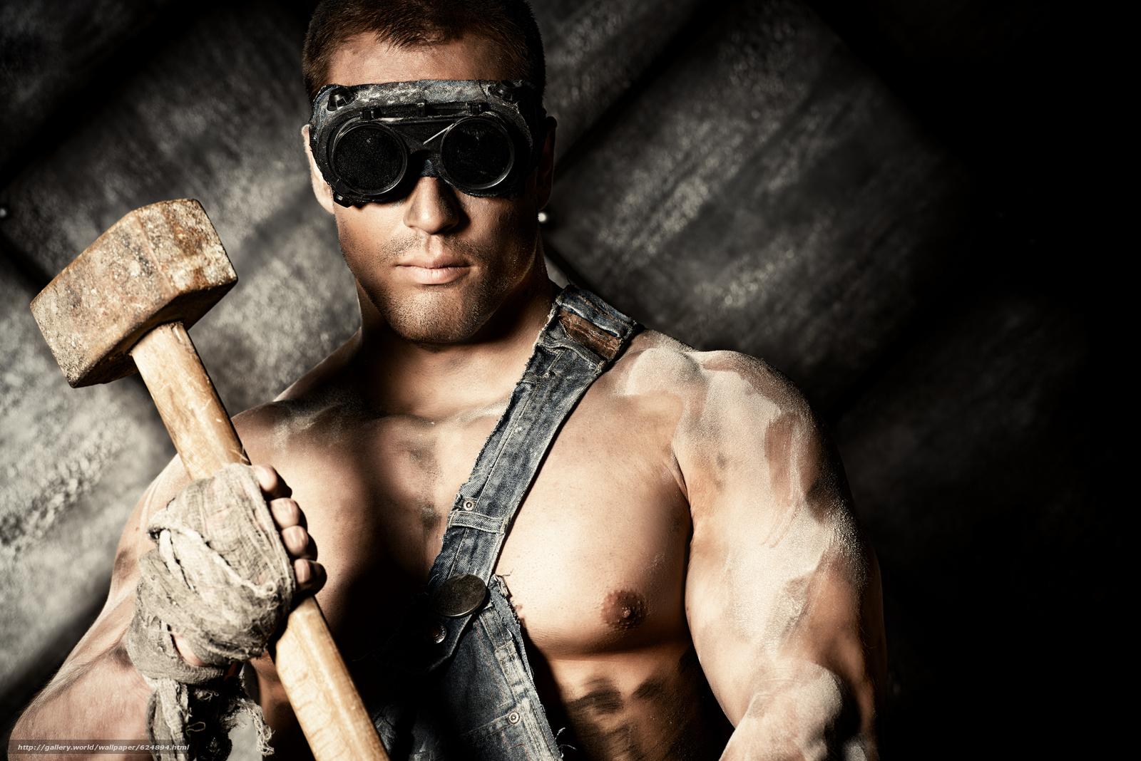 парень, работяга, очки, кувалда, молот