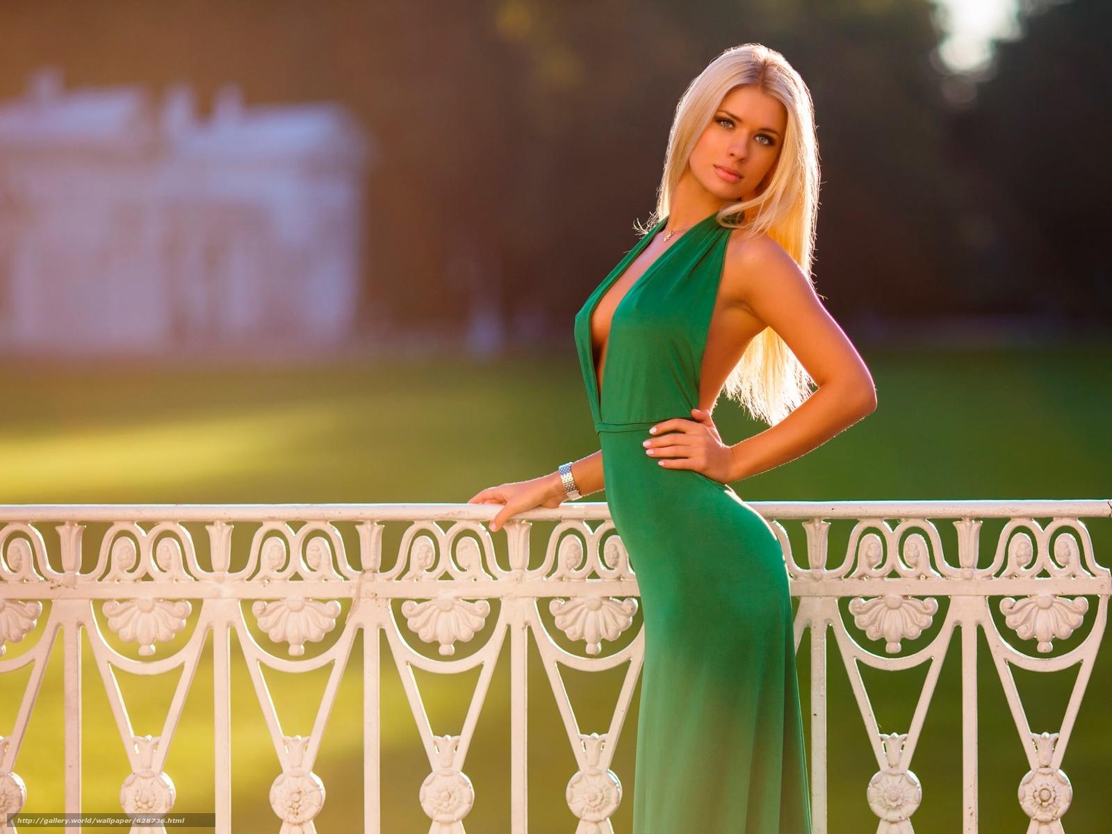 блондинка, модель, поза, фигура, платье, взгляд, стиль